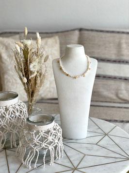 Choker Kette mit echten Perlen und vergoldeten Coins  - UNIKAT