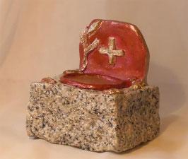 Stilvoller Symbol Kerzenleuchter auf Granit