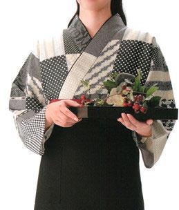 SJ-4309   本手染め作務衣・上着(ドット薔薇・黒)