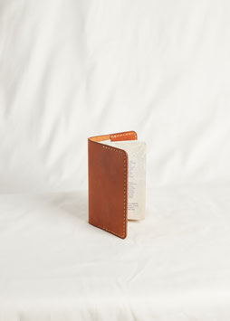 PASSPORT HOLDER MA414/ 10 cm x 14 cm / full grain vegetable tanned leather