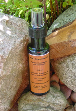 Hochwertiger Zirbenspray  in einer 100 ml Glasflasche mit Zerstäuber und Verschlusskappe
