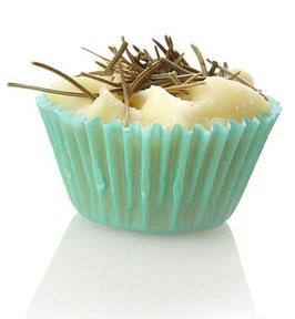 1 Stück Ovis Schafmilch-Badewürfel Cupcake mit Zirbenduft 4 cm ca. 50 g