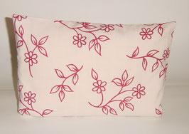 """Zirbenkissen 20 x 30 cm mit herausnehmbaren Innenvlieskissen """"Landhaus weiß-rote Blumen"""""""