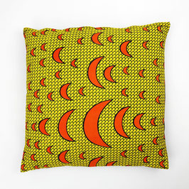 Cushions crescents, black back cover 50x50 - Kissen orange Halbmonde, schwarze Rückseite 50x50