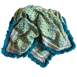 Halstuch Blockprint Rhea handumhäkelt hellblau