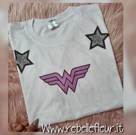 Tshirt Wonder Woman Silver Stars