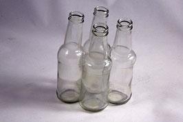 """""""kränzgeniale"""" Flaschenvase aus 4 Flaschen geformt"""