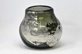 mundgeblasene Vasen und Becher mit silberfarbener Auflage