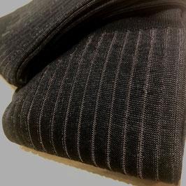 """""""Vanisé"""" gerippter Kniestrumpf, schwarz mit grau in Baumwolle"""