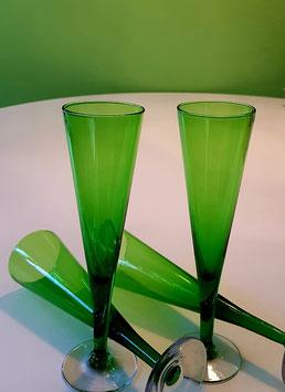 Champagner Flute grün 4 Stk. 70er Jahre