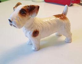 Keramikfigur Hund gemarkt
