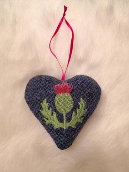 Herzchen-Anhänger Distel aus Harris Tweed (blau