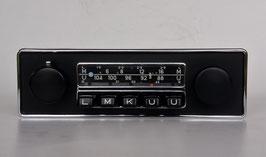Blaupunkt Frankfurt mit schwarzer Chromblende für Alfa Romeo der 70er Jahre. Art.- Nr.: 199212