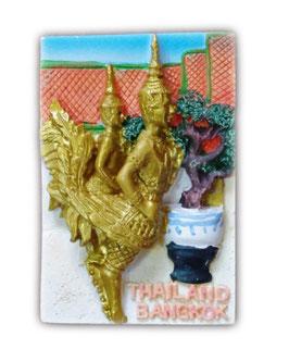 タイ王国 ガルーダ(Garuda)  寺院 / 仏閣  バンコク タイランド 3D 立体 ハンドメイド マグネット type K (四角 青空 Kタイプ) 【タイ雑貨 Thailand 3D Hand made Magnet】