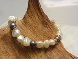 Perlenarmband mit Silberkarabiner