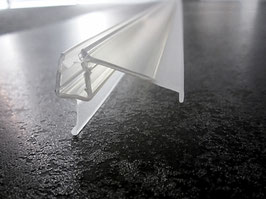 """Dusch-Türdichtung mit ca. 25 mm """"Dächlein"""" als Abtropfleiste, 100 cm, für 6 und 8 mm universal, Art.Nr. 5325"""