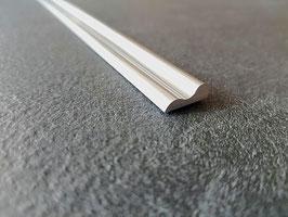 geschwungenes Schwallprofil als Wasserschwelle aus Alu,  15 x 6 mm (flach); Länge 200 oder 240 cm - Art.Nr. 2967