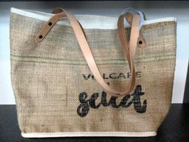 Einkaufstasche aus Kaffeesäcken mit Henkel aus Leder oder Baumwolle