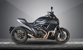 DIAVEL 11-17 FLAME Slip-on