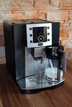 Delonghi ESAM 5500 Kaffeevollautomat, verschiedene Farben, bitte wählen
