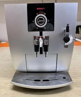 Jura J5 Kaffeevollautomat Silber oder Weiß