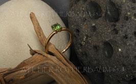 """Ring K12 """"4 Krappen"""" facettierter runder Fairtrade Stein in einer 4fach-Krappenfassung"""