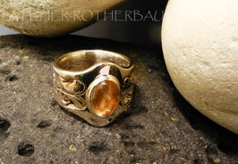 Ring K108  floral ausgearbeiteter Fair Trade Silberring mit ovalem Cabochon Fair Trade Edelstein