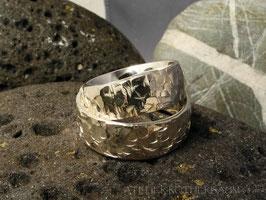 Trauring K13 stark kantig gehämmert Fair Trade Silber (925) aus Bolivien