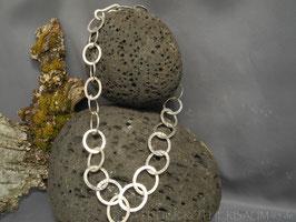 """Collier """"Ösi"""" K56 scharf gehämmert mit Fair Trade Silber (925) aus Bolivien"""