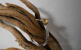 """Ring K12 """"4 Krappen"""" facettierter runder Citrin in einer 4fach-Krappenfassung Fair Trade Silber (925) aus Bolivien Gr. 58"""