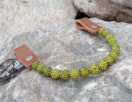 Earloop mit Shamballa Perlen Olive