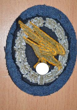 Artikelnummer :01334 Fallschirmschützenabzeichen Stoffausführung
