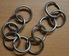 Artikelnummer: 01199  Eisen vernickelt Ringe für Knöpfe