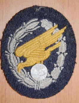 Artikelnummer : 000701/ Fallschirmschützenabzeichen Stoffausführung