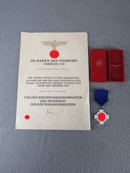 Artikelnummer: 02126 Treudienst-Ehrenzeichen 2. Stufe für 25 Jahre
