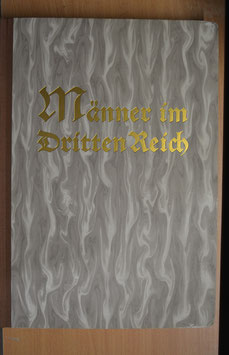 Artikelnummer: 01635    Männer im Dritten Reich