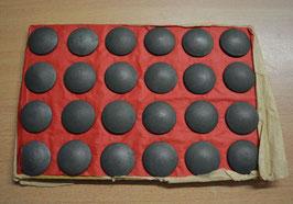 Artikelnummer: 01658  Knöpfe für die Feldbluse Herr feldgrau