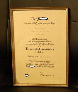 Artikelnummer : 000592/Treudienst-Ehrenzeichen  für 50-jährige