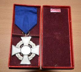 Artikelnummer: 01270 Treudienst-Ehrenzeichen 2. Stufe für 25 Jahre