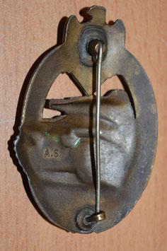 Artikelnummer: 01338 Panzerkampfabzeichen in Bronze