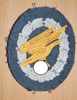 Artikelnummer : 000699/ Fallschirmschützenabzeichen Stoffausführung