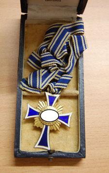 Artikelnummer: 00249 Ehrenkreuz der Deutschen Mutter in Gold