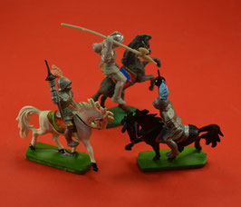 Artikelnummer : 01630 DDR Figuren Ritter Kunststofffiguren