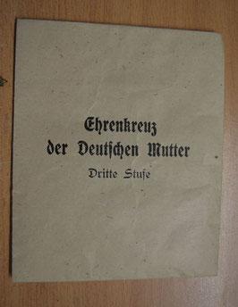 Artikelnummer: 01976 Tüte zum Ehrenkreuz der Deutschen Mutter in Bronze