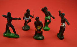 Artikelnummer : 01628 DDR Figuren Eingeborene Kunststofffiguren