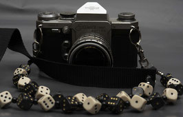camera strap ivory/blackgold