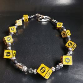 """wallet chain """"yellow numbers"""""""