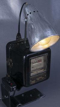 """Tischlampe """"electric meter"""""""
