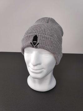 Bonnet gris clair broderie noire
