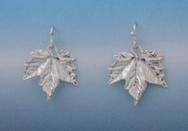 Maple Leaf Earring Crinkle Texture L 5 C FW